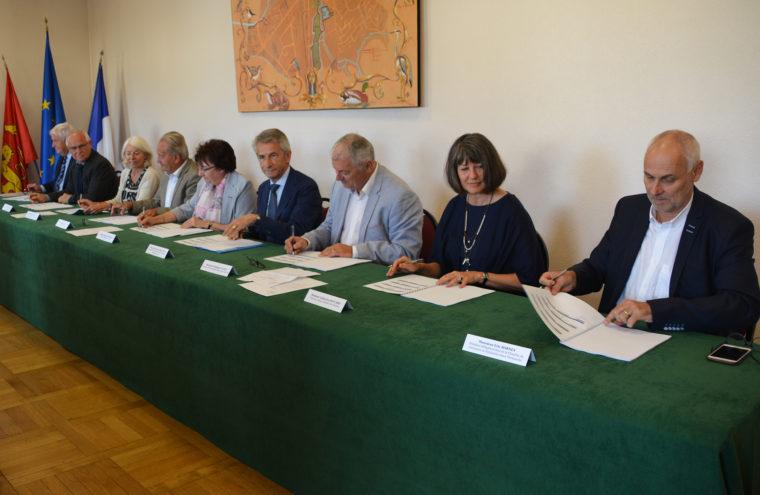 Signature convention